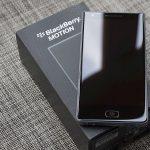 BlackBerry Motion mô phỏng KEYone nhưng không có bàn phím