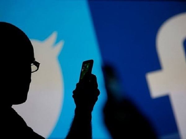 """Ba """"gã khổng lồ"""" trong lĩnh vực truyền thông xã hội là Facebook, Alphabet và Twitter đã ra điều trần trước Quốc hội Mỹ ngày 17/7"""