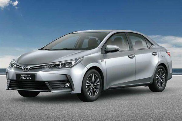 Toyota Việt Nam ra mắt Corolla Altis 2018, tăng giá cao nhất 38 triệu đồng