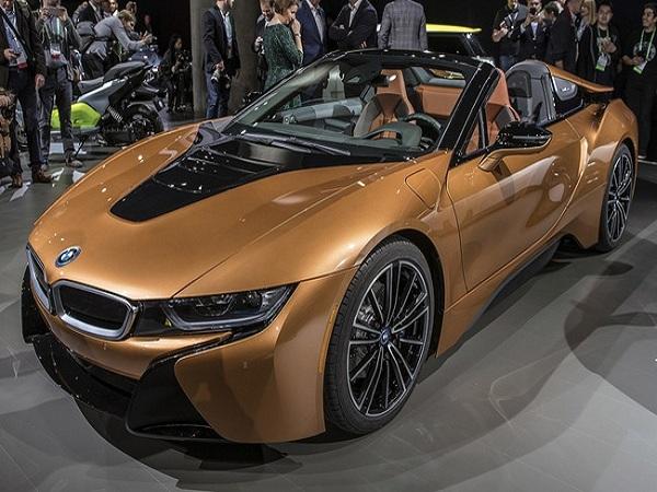 Về Ngoại thất BMW i8